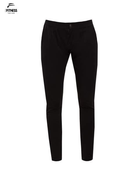 Czarne spodnie dresowe damskie z podwijaną nogawką                                  zdj.                                  5