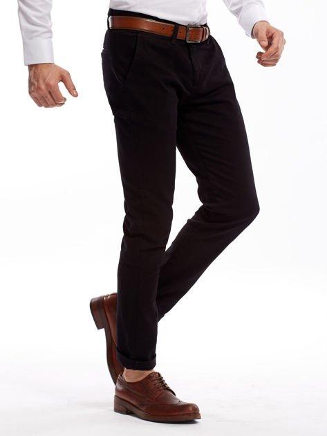 Czarne spodnie męskie chinosy o prostym kroju                              zdj.                              3