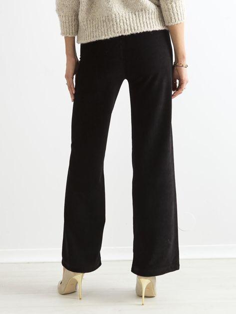 Czarne szerokie spodnie sztruksowe                              zdj.                              2