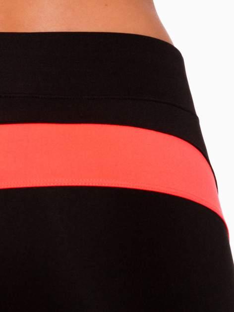 Czarne termoaktywne legginsy do biegania 3/4 z fluoróżowymi lampasami ♦ Performance RUN                                  zdj.                                  7