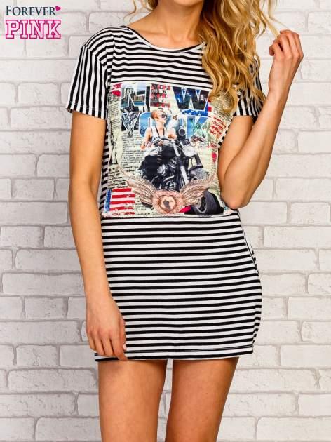 Czarno-biała sukienka w paski z nadrukiem rockowym