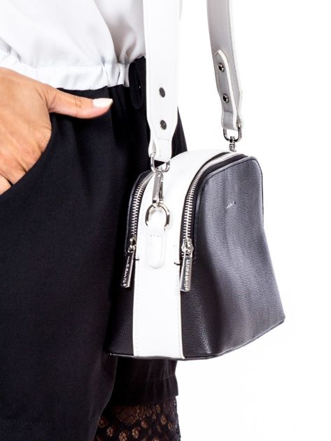Czarno-biała torebka z szerokim paskiem                              zdj.                              3