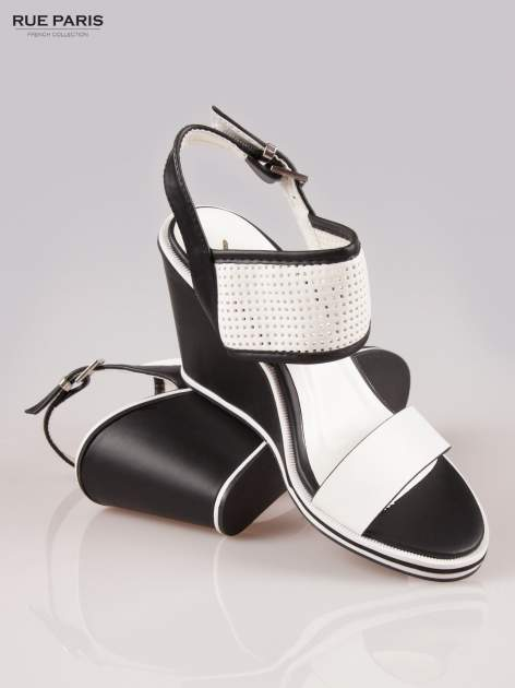Czarno-białe siateczkowe koturny faux leather Matilda na paski z odkrytą piętą                                  zdj.                                  4
