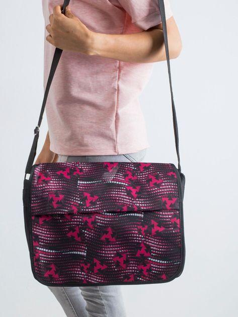 Czarno-czerwona torba na ramię we wzory                              zdj.                              1