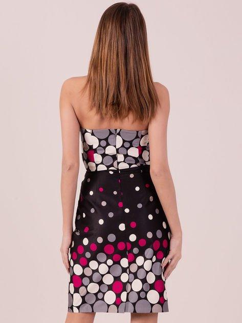 Czarno-fuksjowa sukienka koktajlowa w kolorowe grochy                              zdj.                              3