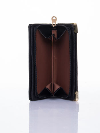 Czarny ażurowany portfel ze złotymi okuciami                                  zdj.                                  6