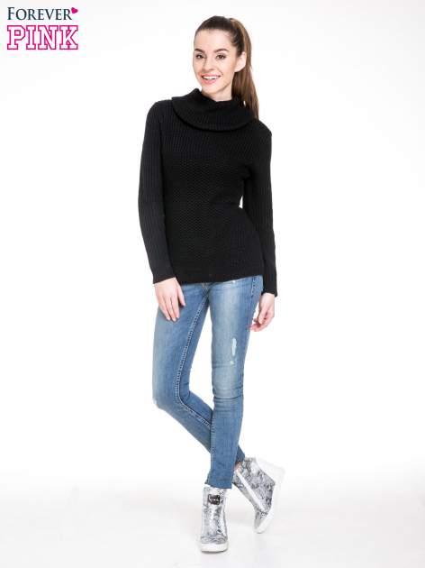 Czarny ciepły sweter z golfowym kołnierzem                                  zdj.                                  2