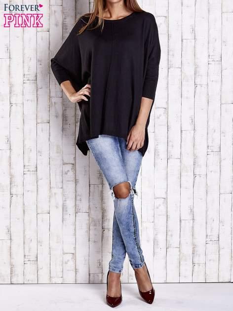 Czarny długi sweter oversize z nietoperzowymi rękawami                                  zdj.                                  2