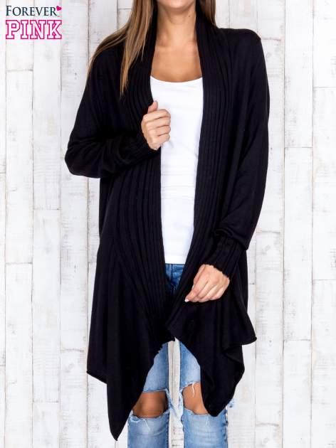 Czarny długi sweter z wykończeniem w pionowe paski                                  zdj.                                  3