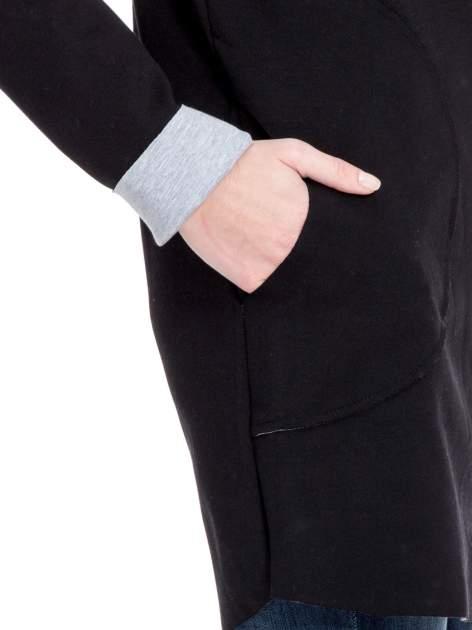 Czarny dresowy płaszcz oversize z kapturem                                  zdj.                                  6