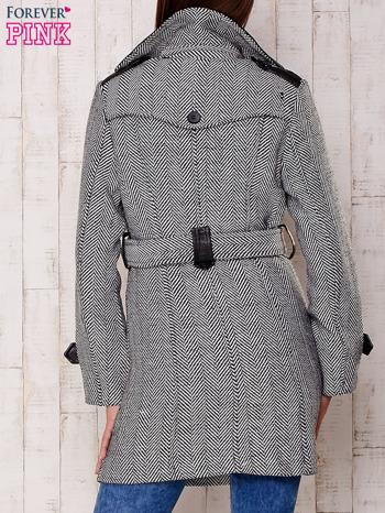 Czarny dwurzędowy płaszcz w jodełkę ze skórzanymi wstawkami                                  zdj.                                  2