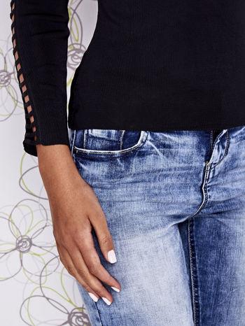 Czarny jedwabny sweter cut out shoulder                                  zdj.                                  6