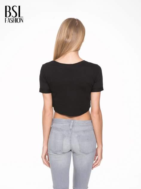 Czarny krótki t-shirt przed pępek z napisem BALLIN PARIS                                  zdj.                                  4