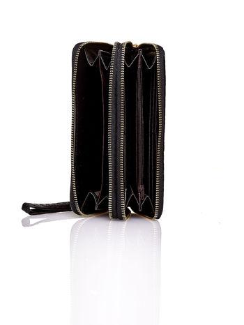 Czarny lakierowany portfel z uchwytem na rękę                                  zdj.                                  3