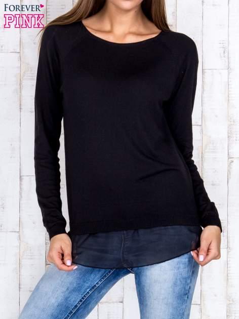 Czarny luźny sweter z siateczką i wycięciem z tyłu                                  zdj.                                  1