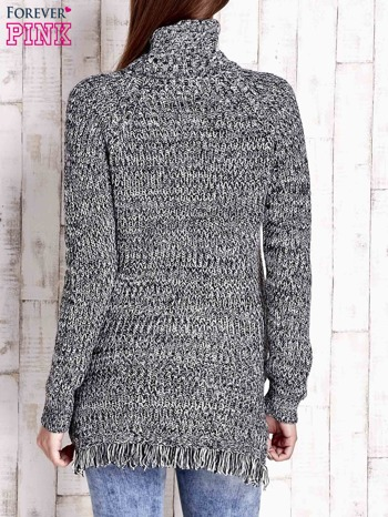 Czarny melanżowy sweter z golfem i frędzlami na dole                                   zdj.                                  4