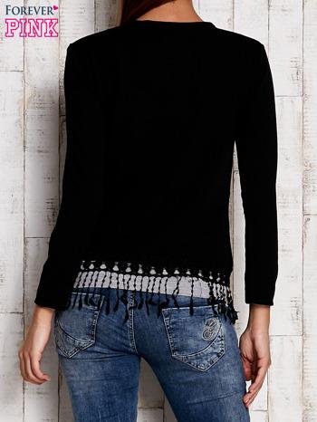Czarny otwarty sweter z frędzelkami                                  zdj.                                  4