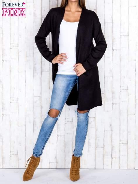 Czarny otwarty sweter z kieszeniami z przodu                                  zdj.                                  2