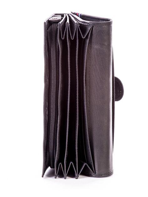 Czarny podłużny skórzany portfel z klapką                              zdj.                              6
