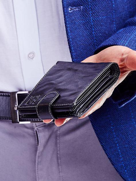 Czarny portfel dla mężczyzny z klapką                              zdj.                              7