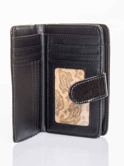 Czarny portfel efekt skóry saffiano                                  zdj.                                  3