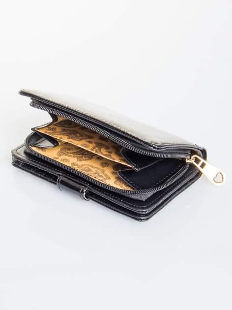 Czarny portfel efekt skóry saffiano                                  zdj.                                  4