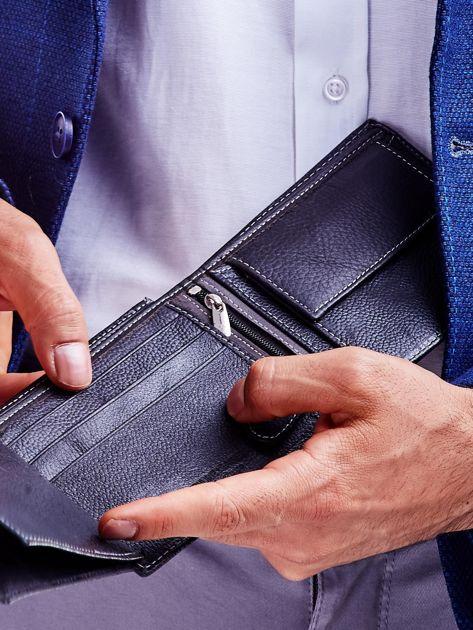 Czarny portfel męski skórzany z łączonych materiałów                              zdj.                              4