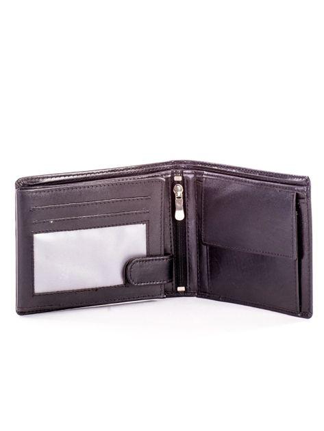 Czarny portfel męski ze skóry z tłoczeniem                              zdj.                              4