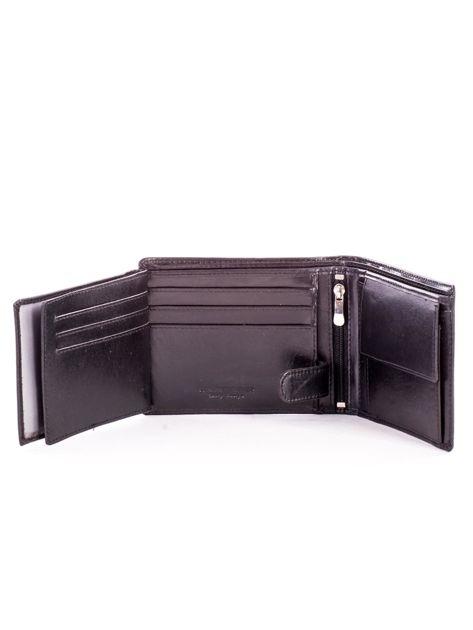 Czarny portfel męski ze skóry z tłoczeniem                              zdj.                              6