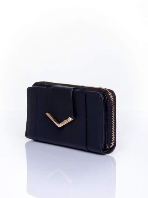 Czarny portfel ze złoconą klamrą                                  zdj.                                  3