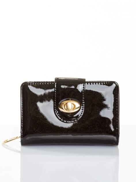 Czarny portfel ze złotym zapięciem efekt skóry saffiano                                  zdj.                                  1