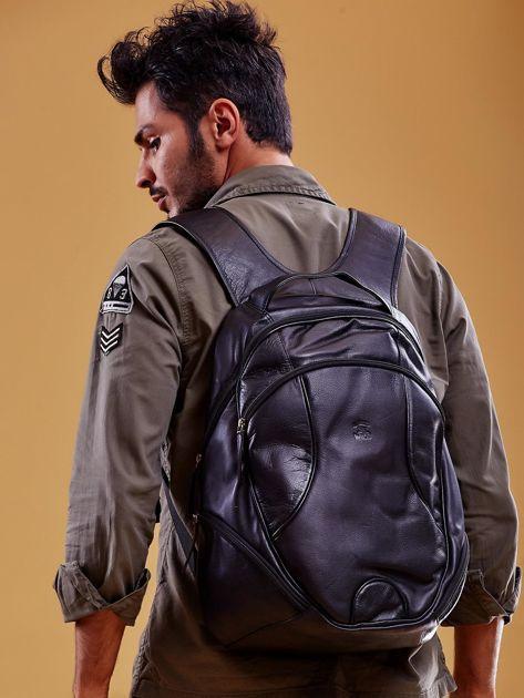 Czarny skórzany plecak męski w stylu motocyklowym                              zdj.                              2