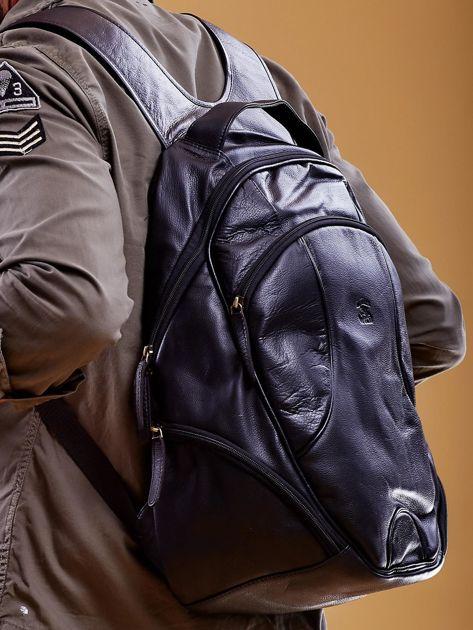 Czarny skórzany plecak męski w stylu motocyklowym                              zdj.                              4