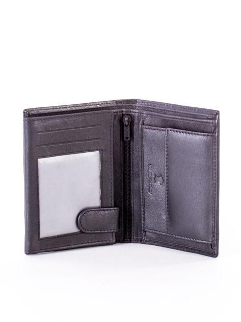 Czarny skórzany portfel dla mężczyzny z czerwonym emblematem                              zdj.                              4