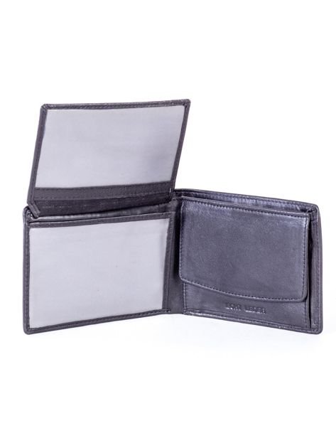 Czarny skórzany portfel męski z tłoczeniem                              zdj.                              5