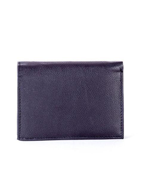 Czarny skórzany portfel z czerwonym wykończeniem                              zdj.                              2