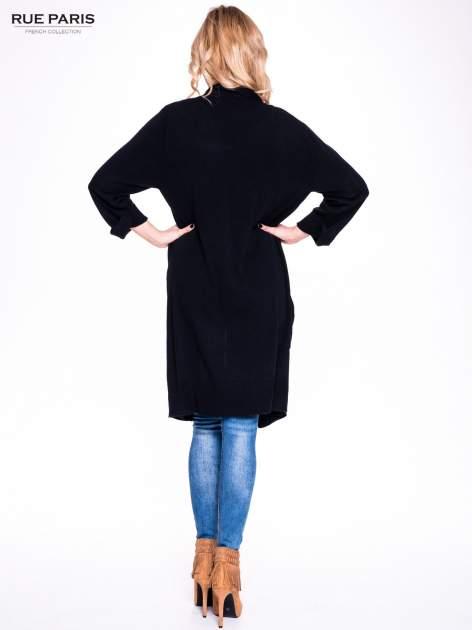 Czarny sweter długi kardigan z kieszeniami                                  zdj.                                  4
