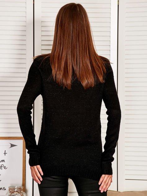 Czarny sweter z dłuższym tyłem                                  zdj.                                  2