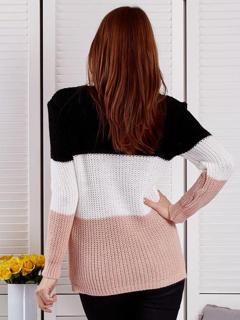 Czarny sweter z perełkami                                  zdj.                                  2