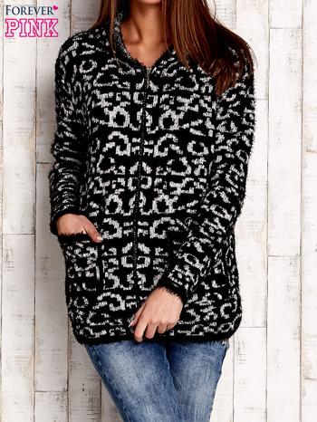 Czarny sweter zapinany na suwak                                  zdj.                                  1