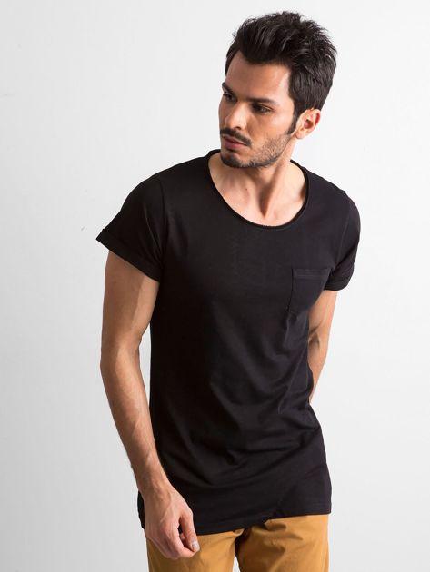Czarny t-shirt męski z kieszonką                              zdj.                              2