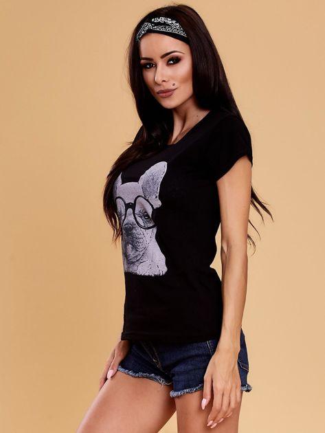 Czarny t-shirt z buldożkiem                              zdj.                              3