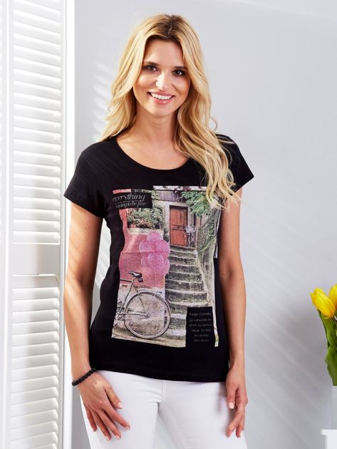 Czarny t-shirt z fotograficznym nadrukiem                                  zdj.                                  1
