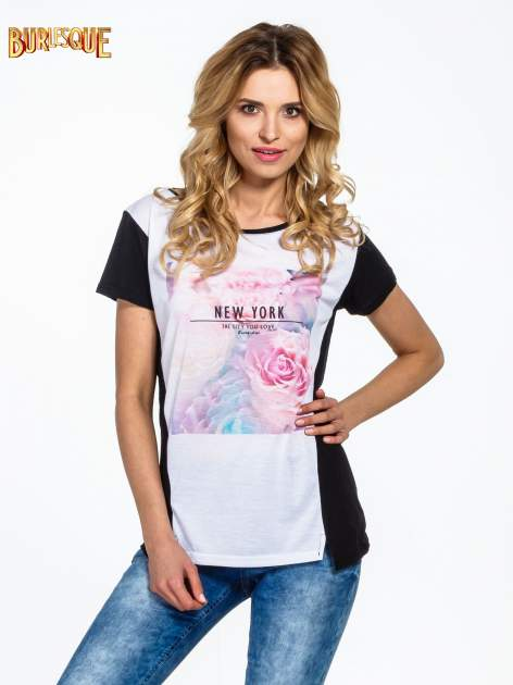Czarny t-shirt z nadrukiem kwiatowym i napisem NEW YORK