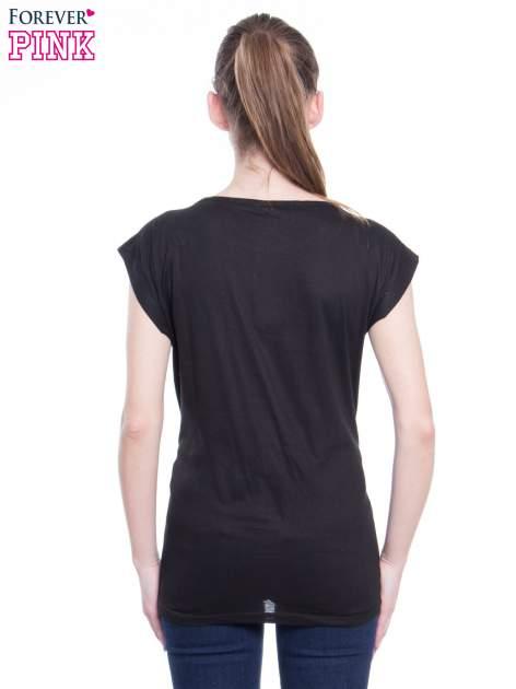 Czarny t-shirt z nadrukiem modowym i złotym napisem EXPENSIVE                                  zdj.                                  4