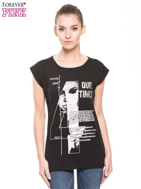 Czarny t-shirt z nadrukiem numerycznym                                  zdj.                                  3