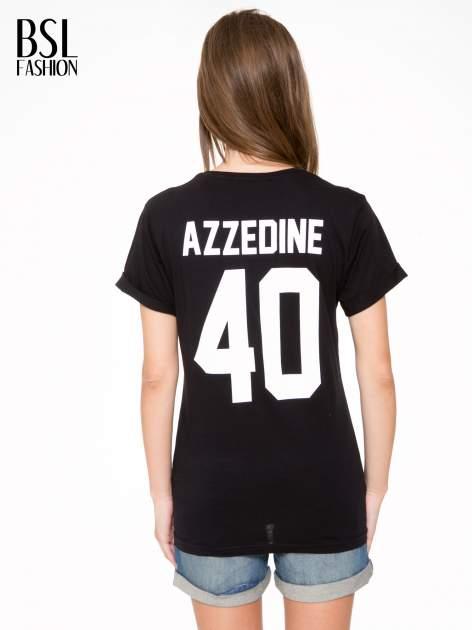Czarny t-shirt z nadrukiem numerycznym AZZEDINE 40 z tyłu                                  zdj.                                  5