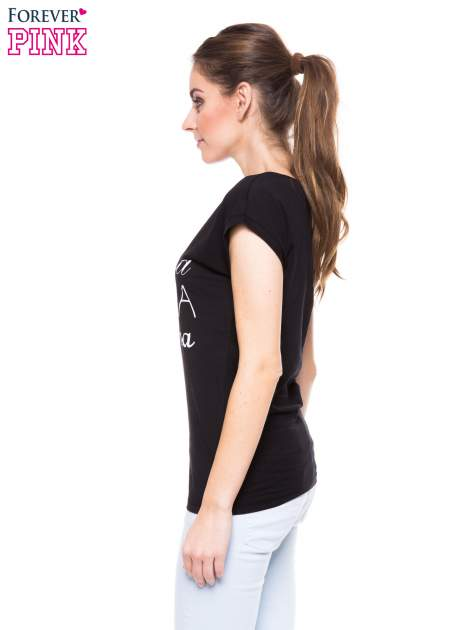 Czarny t-shirt z nadrukiem tekstowym PIĘKNA MĄDRA SKROMNA                                  zdj.                                  3