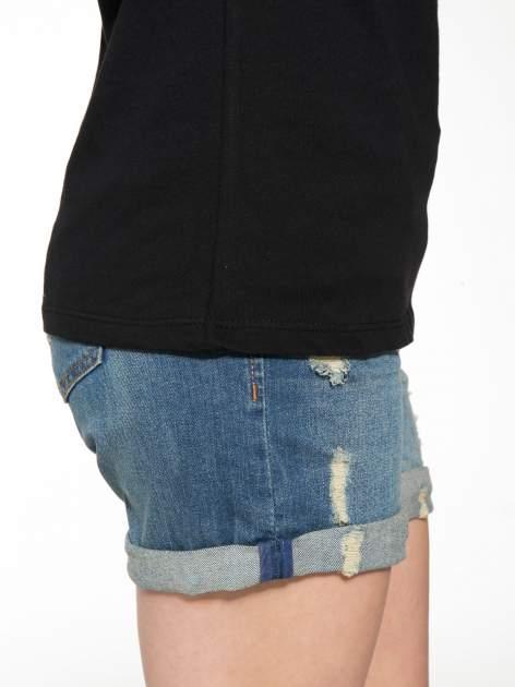 Czarny t-shirt z nadrukiem z cekinami                                  zdj.                                  9