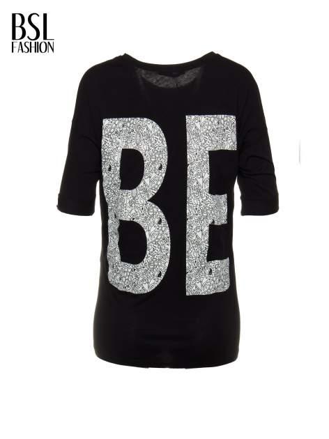 Czarny t-shirt z nadukiem WIBE z przodu i na plecach                                  zdj.                                  3